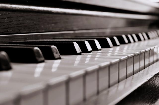 piano-013